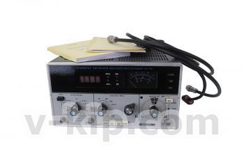 Генаратор сигналов высокочастотный Г4-151 - вид спереди